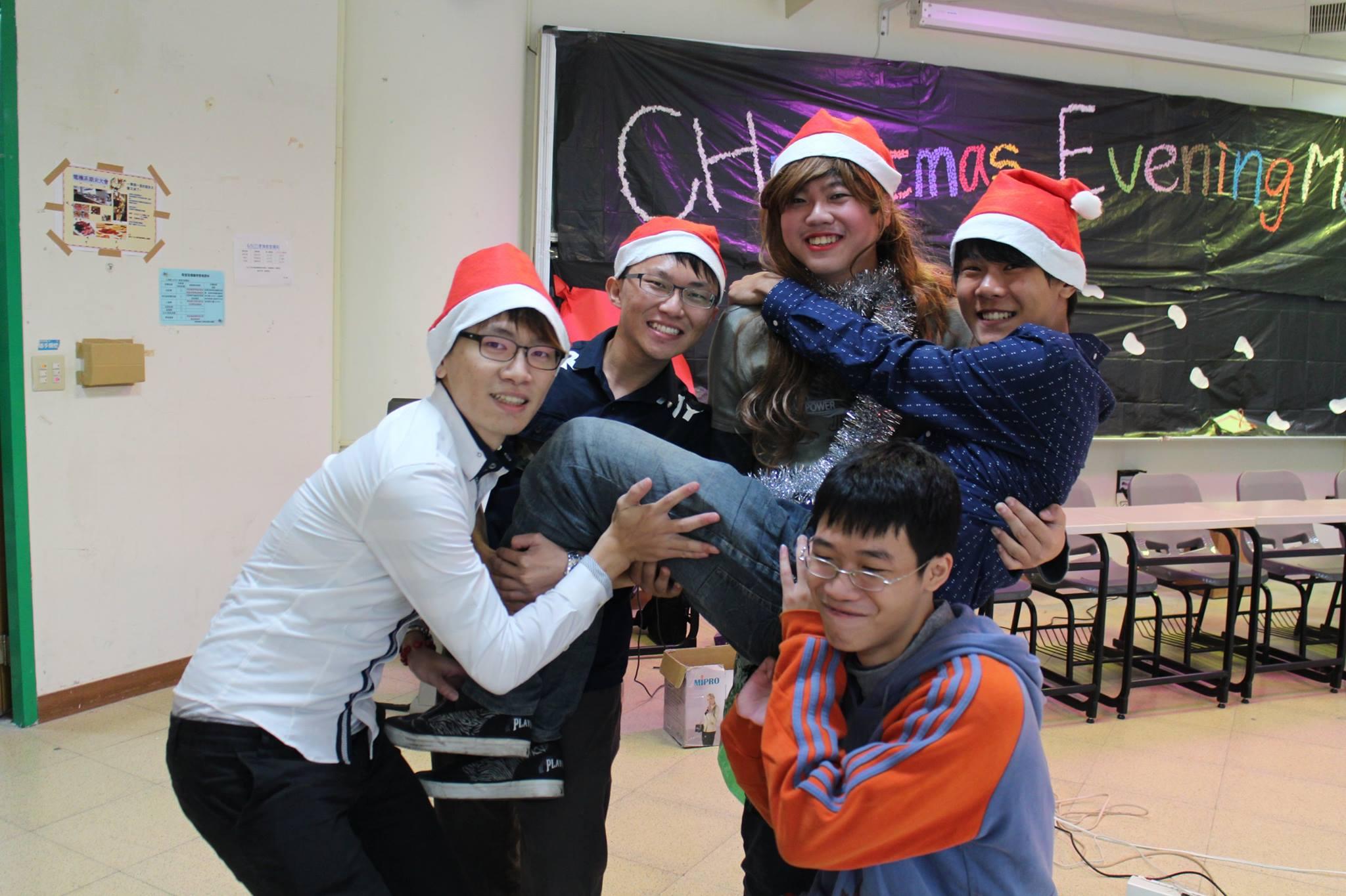 系學會活動-聖誕1