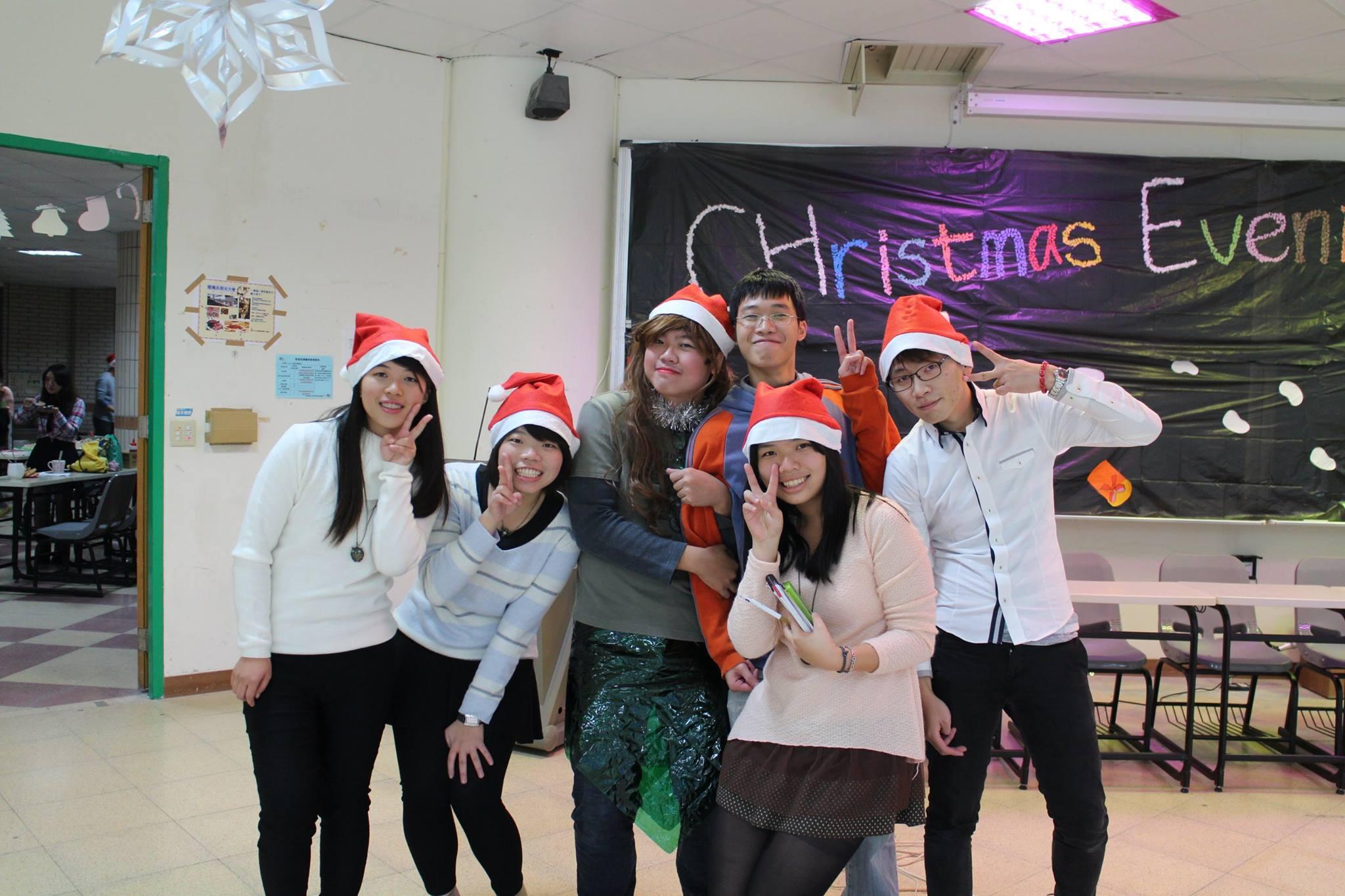 系學會活動-聖誕2
